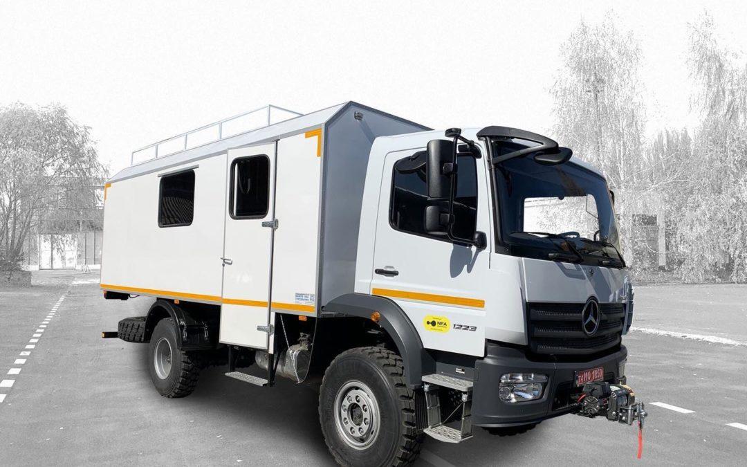 Новий фургон на базі MercedesBenz Atego